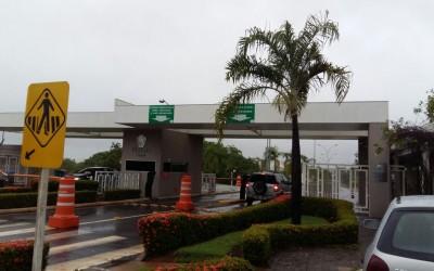 Revenda da Aliara Brasil faz implantação de Sistema de Segurança em Condomínio com Cabo Sensor Microfônico para proteção de o muro em Cuiabá/MT.